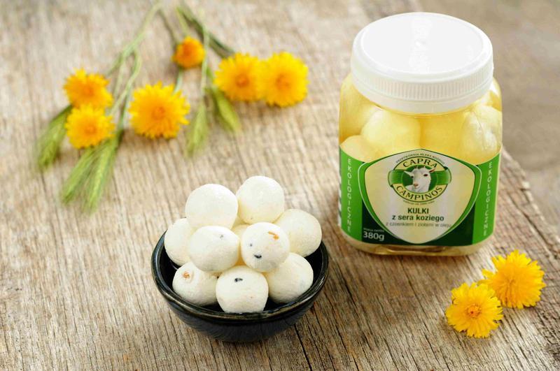Produkt Kulki z sera koziego z czosnkiem i ziołami w oleju ekologiczne (EKO) - zdrowa żywność blisko Ciebie