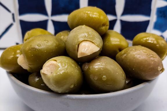Produkt Oliwki zielone nadziewane czosnkiem - zdrowa żywność blisko Ciebie