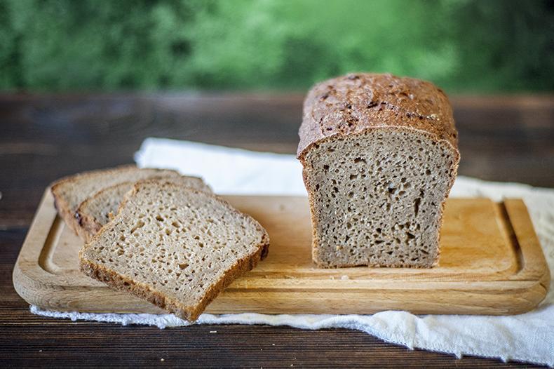 Produkt Chleb żytni razowy (połówka) - zdrowa żywność blisko Ciebie