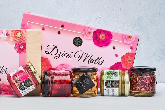 Produkt Zestaw prezentowy dla MAMY-jagody w miodzie, płatki róży w miodzie, kremowana porzeczka - limited edition - zdrowa żywność blisko Ciebie