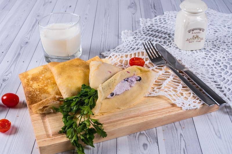 Produkt Naleśniki z serem i borówkami - zdrowa żywność blisko Ciebie