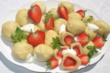 Produkt Knedle z truskawkami - zdrowa żywność blisko Ciebie