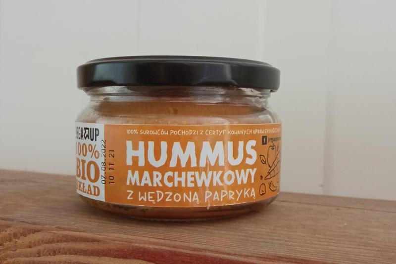 Produkt Hummus marchewkowy z wędzoną papryką EKO - zdrowa żywność blisko Ciebie