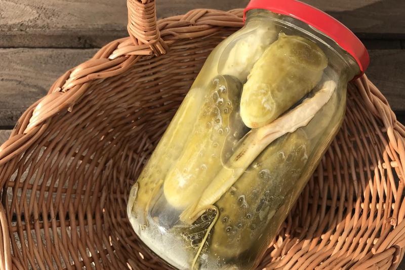 Produkt Ogórki kiszone w słoiku - zdrowa żywność blisko Ciebie