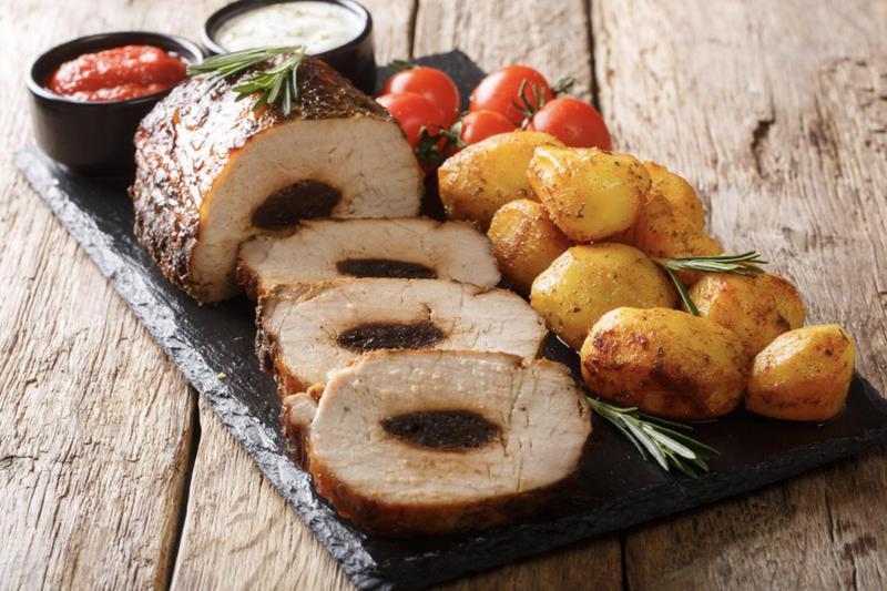 Produkt Schab wieprzowy pieczony(ze śliwką) - zdrowa żywność blisko Ciebie