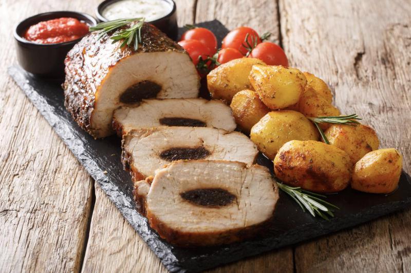 Produkt Schab wieprzowy pieczony (ze śliwką) - zdrowa żywność blisko Ciebie